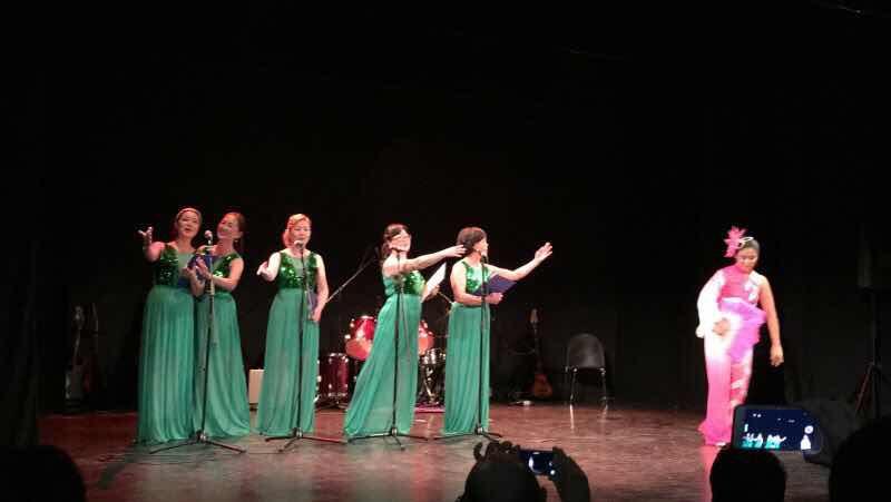 中西合璧庆新春 – PARLA 市政府首次举办春节联欢晚会